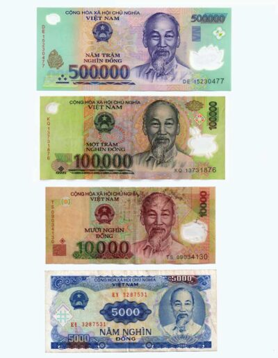 Un billet de 500 000 VND = 20 €, à vous de calculer la valeur des 3 autres billets !