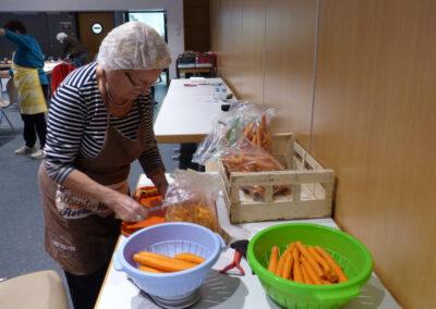 épluchage des carottes
